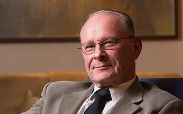 Alcino Vieira - General Manager